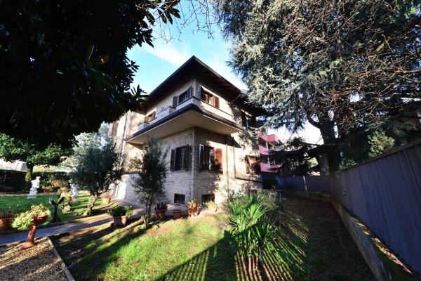 Villa in vendita a Cesano Maderno, 4 locali, prezzo € 590.000 | Cambio Casa.it