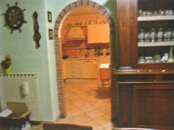 Villa in vendita a Susa, 9999 locali, prezzo € 95.000 | Cambio Casa.it