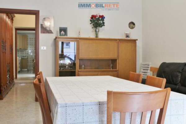 Bilocale Altamura Via Alessandro Manzoni 2
