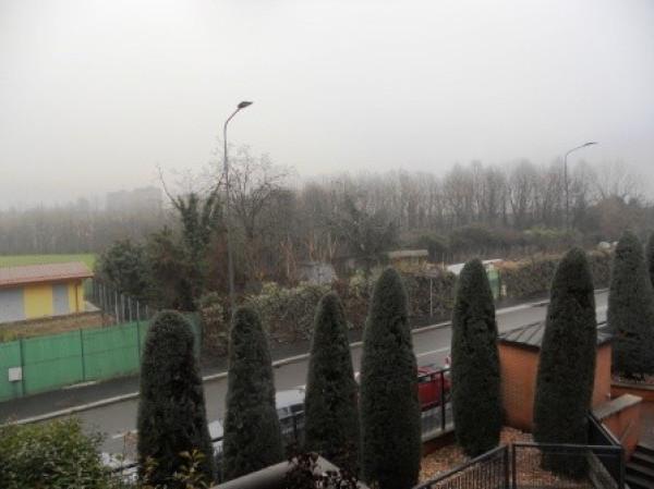 Bilocale Milano Via Lucera 6