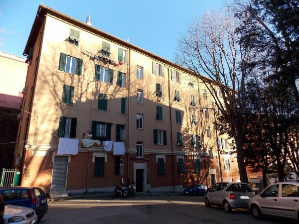 Bilocale Genova Via Giovanni Casaccia 1