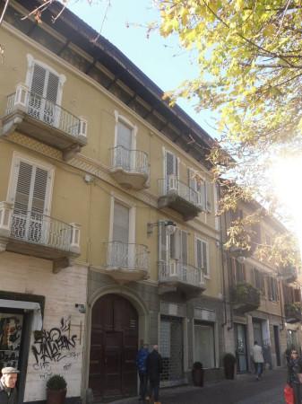 Palazzo / Stabile in vendita a Rivoli, 9999 locali, prezzo € 1.300.000   Cambio Casa.it