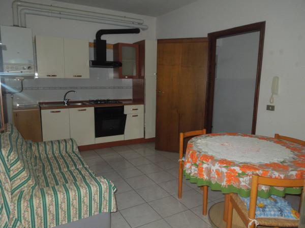 Appartamento in affitto a Suno, 3 locali, prezzo € 350 | CambioCasa.it