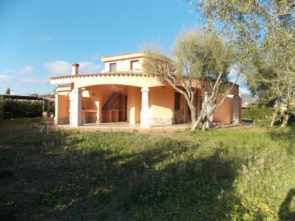 Villa in vendita a Muravera, 6 locali, prezzo € 450.000 | Cambio Casa.it