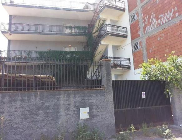Palazzo / Stabile in vendita a Paternò, 6 locali, prezzo € 299.000 | Cambio Casa.it