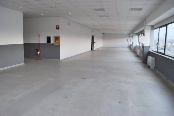 Ufficio / Studio in affitto a Alba, 1 locali, prezzo € 1.500 | Cambio Casa.it