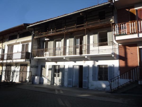 Rustico / Casale in vendita a Strambino, 6 locali, prezzo € 49.000 | CambioCasa.it