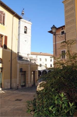 Appartamento in Vendita a Chiusi: 5 locali, 210 mq