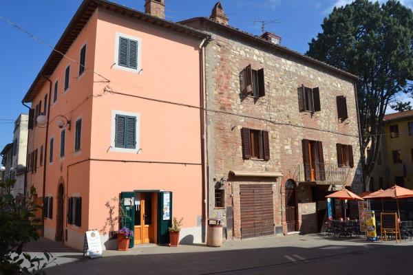 Appartamento in Vendita a Castiglione Del Lago: 4 locali, 118 mq