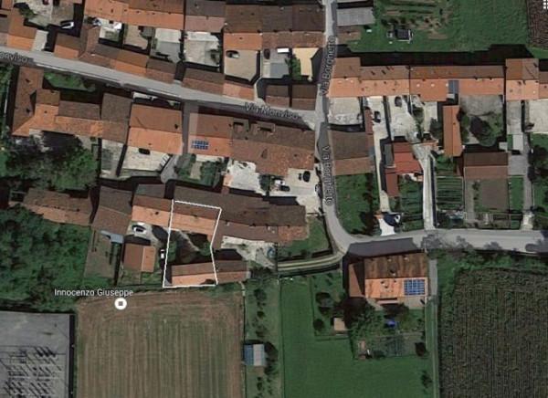 Rustico / Casale in vendita a Chivasso, 6 locali, prezzo € 130.000 | Cambio Casa.it