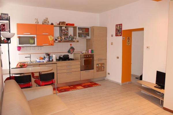 Appartamento in vendita a Monticello Brianza, 2 locali, prezzo € 35.000 | Cambio Casa.it