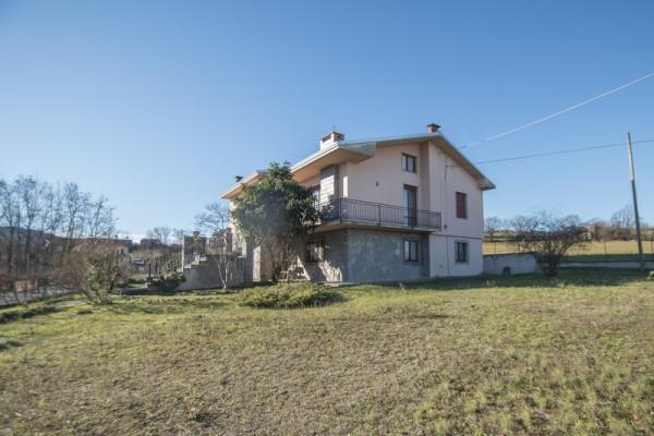Villa in vendita a Agazzano, 6 locali, prezzo € 185.000 | Cambio Casa.it
