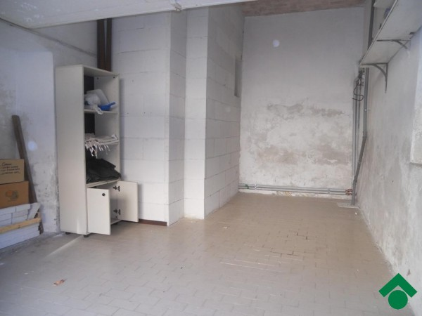 Bilocale Viverone Via Umberto, 100 11
