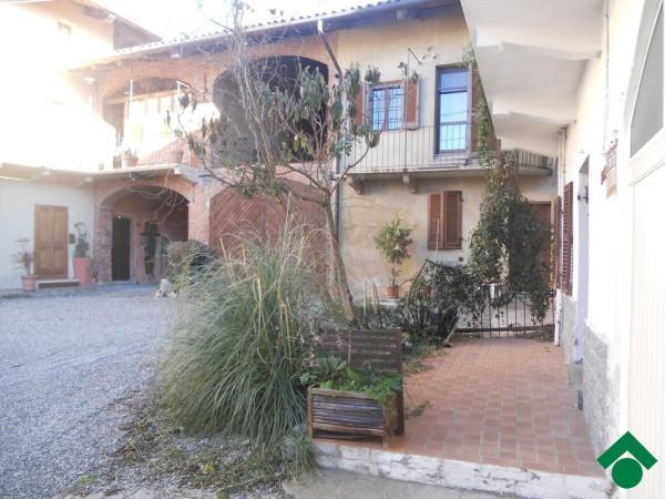 Bilocale Viverone Via Umberto, 100 2