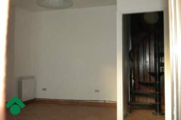 Bilocale Busto Arsizio Via Castano, 2 4