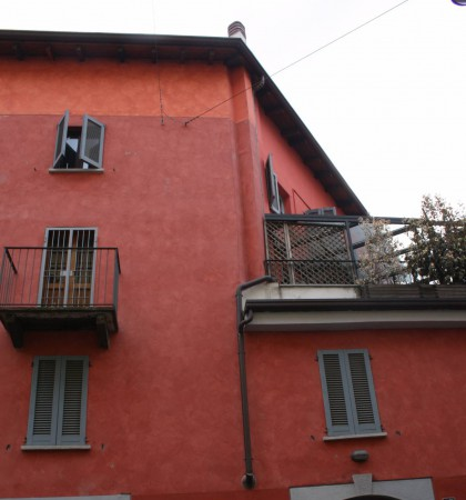 Bilocale Milano Via Vittorio Alfieri 1