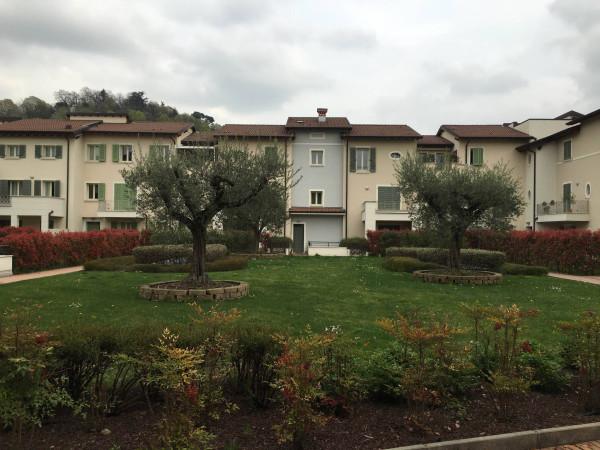 Appartamento in vendita a Rezzato, 3 locali, prezzo € 189.000 | Cambio Casa.it