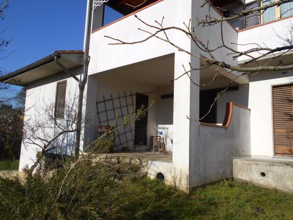 Soluzione Indipendente in vendita a Uzzano, 6 locali, prezzo € 220.000 | Cambio Casa.it