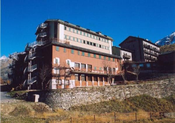 attivita alberghiera albergo Vendita Campodolcino