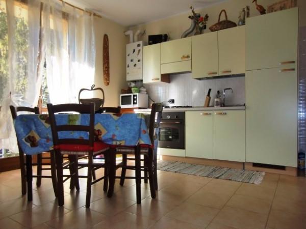 Appartamento in vendita a Asso, 2 locali, prezzo € 68.000 | Cambio Casa.it