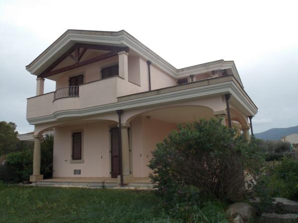 Villa in vendita a Castiadas, 6 locali, prezzo € 280.000 | Cambio Casa.it
