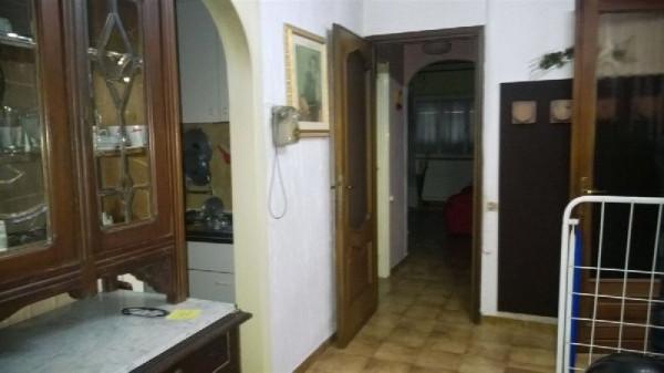 Appartamento in vendita a Ivrea, 2 locali, prezzo € 58.000 | Cambio Casa.it