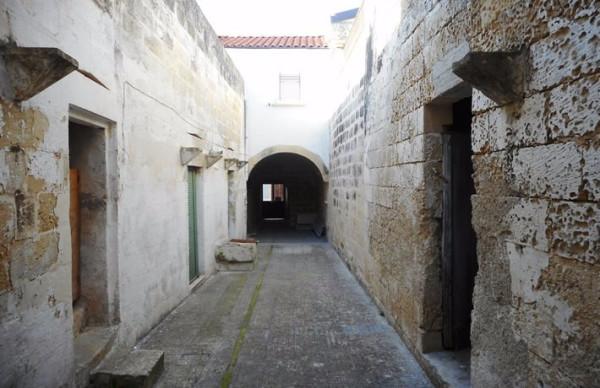 Bilocale Martano Via Castrignano 2