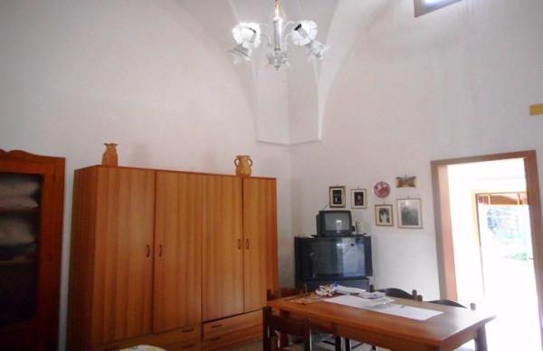Bilocale Martano Via Castrignano 4