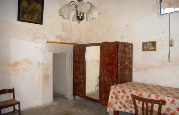 Bilocale Martano Via Castrignano 9