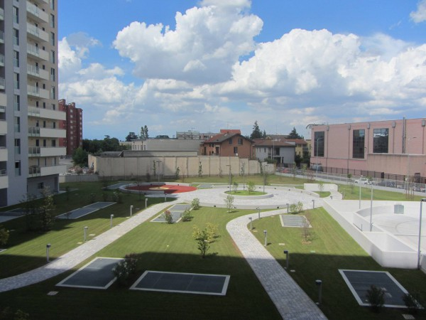 Bilocale Milano Via Castellanza 9