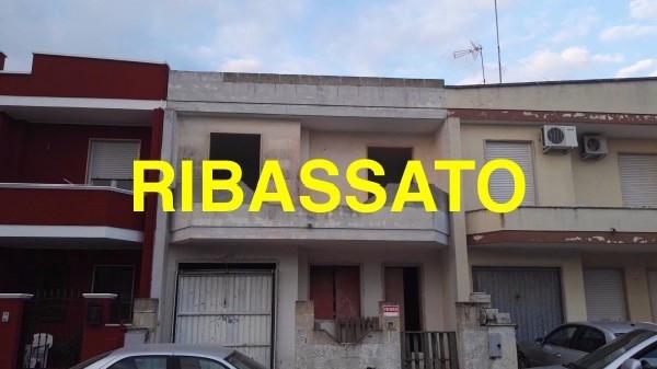 Villa in vendita a Salice Salentino, 5 locali, prezzo € 82.000 | Cambio Casa.it