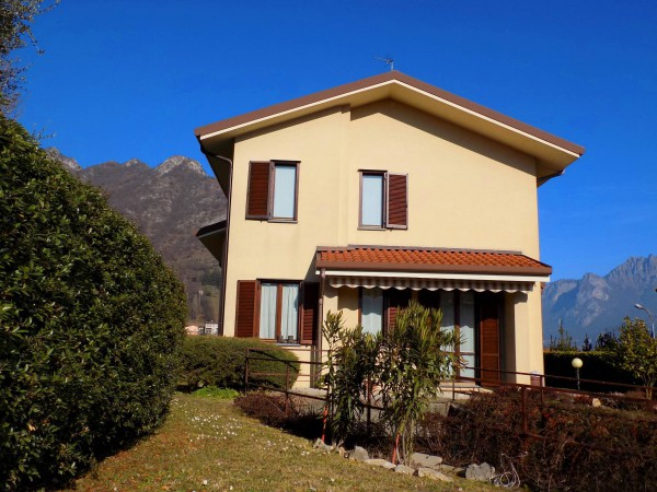 Villa in vendita a Galbiate, 5 locali, prezzo € 530.000   Cambio Casa.it
