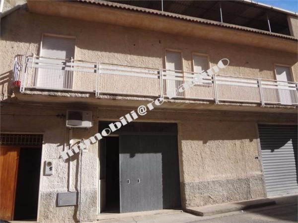 Palazzo / Stabile in vendita a Alcamo, 9999 locali, prezzo € 150.000 | Cambio Casa.it