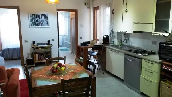 Bilocale Lucca Viale San Concordio 3