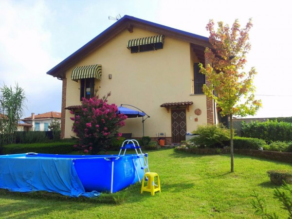 Villa in vendita a Villanova d'Asti, 6 locali, prezzo € 200.000 | Cambio Casa.it