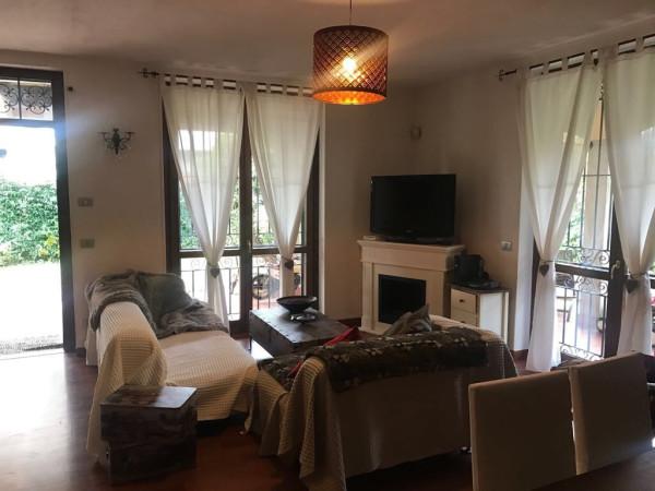Villa a Schiera in vendita a Lomagna, 4 locali, prezzo € 320.000 | Cambio Casa.it