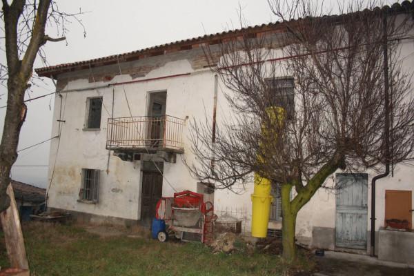 Rustico / Casale in vendita a Castagnole delle Lanze, 4 locali, prezzo € 85.000 | CambioCasa.it