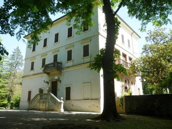 Palazzo / Stabile in vendita a Perugia, 6 locali, prezzo € 1.800.000 | Cambio Casa.it