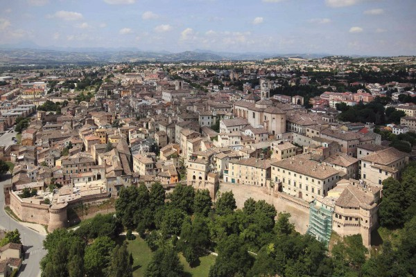 Bilocale Jesi Piazza Don Ezio Balestra 13