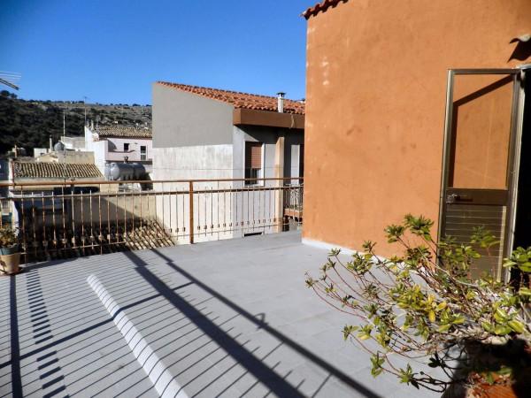 Casa indipendente in Vendita a Scicli Centro: 5 locali, 160 mq