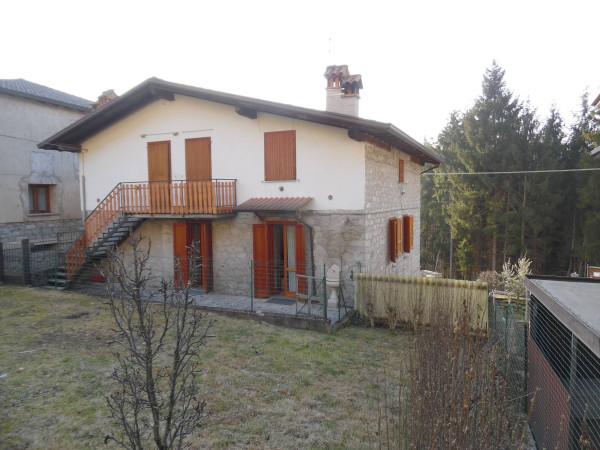 Appartamento in vendita a Breno, 2 locali, prezzo € 59.000 | Cambio Casa.it
