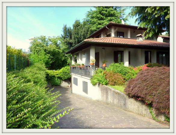 Villa in vendita a Olgiate Comasco, 3 locali, prezzo € 368.000 | Cambio Casa.it