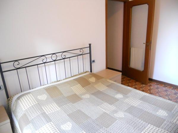 Bilocale Milano Via Tofane 12