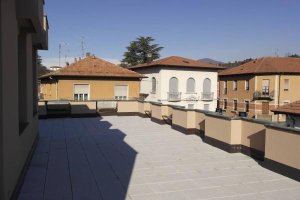 Appartamento in vendita a Besozzo, 4 locali, prezzo € 160.000 | Cambio Casa.it