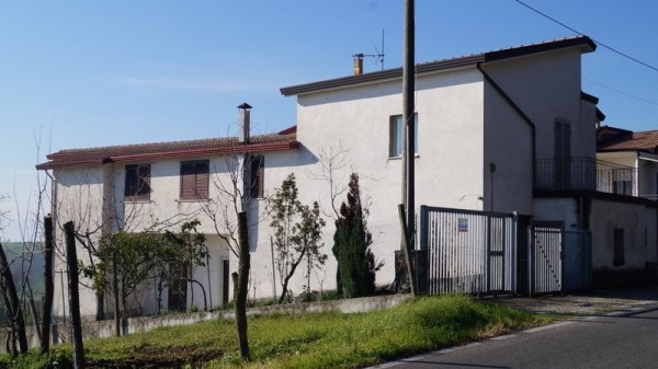 Villa in vendita a Gioia Sannitica, 6 locali, prezzo € 125.000 | Cambio Casa.it