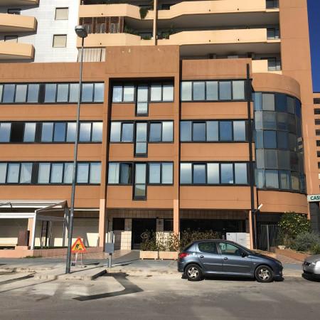 Ufficio / Studio in affitto a Bari, 4 locali, prezzo € 950 | Cambio Casa.it
