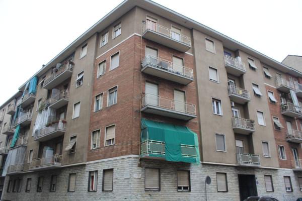 Appartamento in vendita a Torino, 3 locali, zona Zona: 10 . Aurora, Valdocco, prezzo € 65.000 | Cambiocasa.it