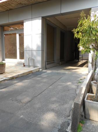Bilocale Milano Viale Certosa 10