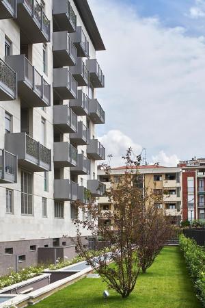 Bilocale Milano Via Angelo Scarsellini 10