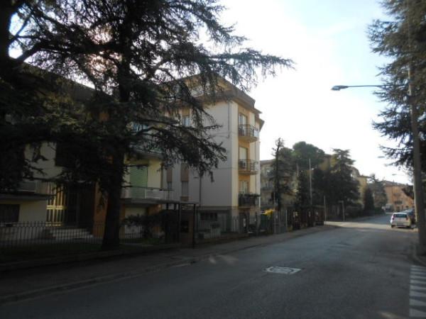 Appartamento in vendita a Forlì, 4 locali, prezzo € 140.000 | Cambio Casa.it